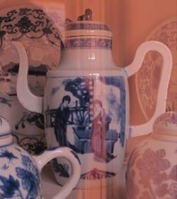 Delft bue teapot