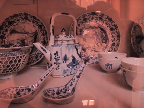 Another blue teapot
