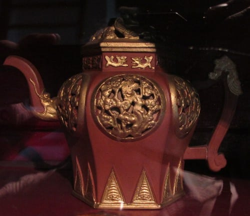 And yet again another Yixing teapot
