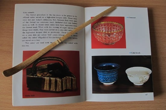 The book Tea Ceremony page 46-47