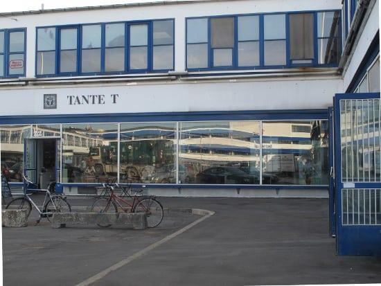 Tante tea shop
