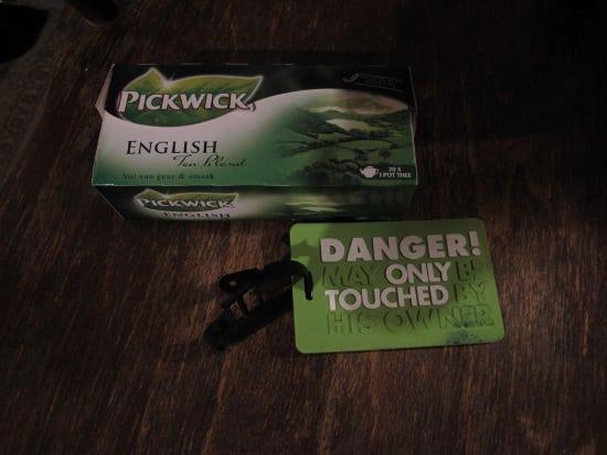 Box of Pickwick English Blend