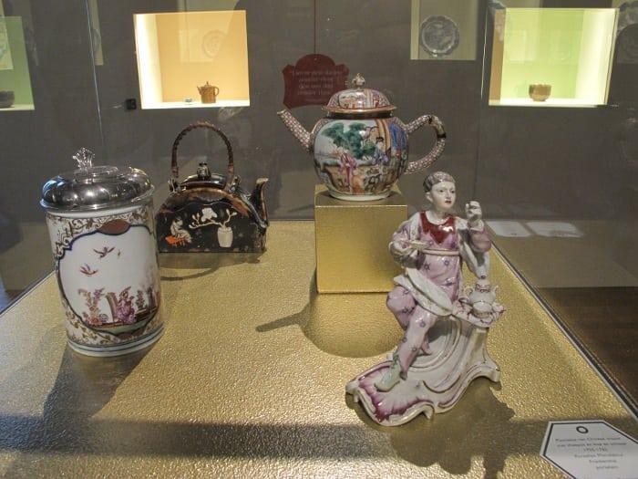 Nice porcelain. 1755-1762
