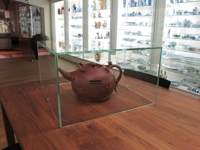 Large teapot to put money in for the tea