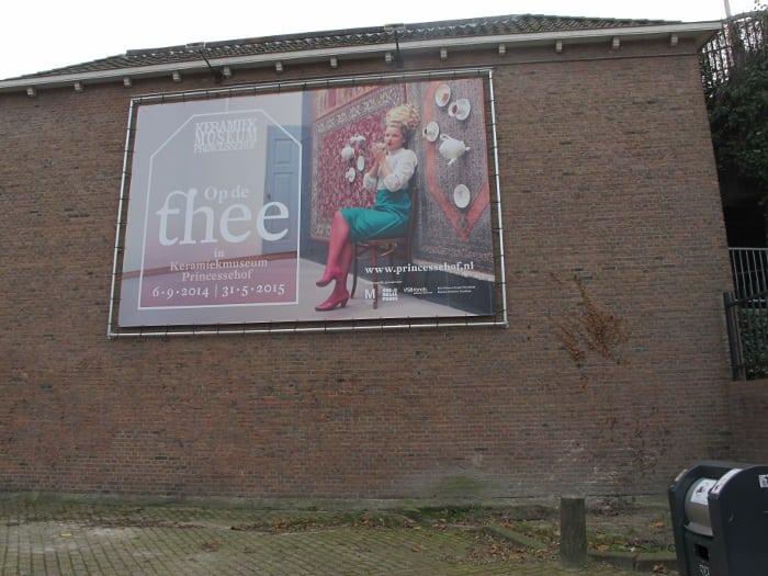 """""""Op de thee"""" (tea visit)"""